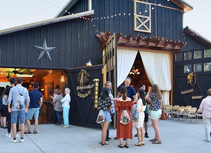 Smoky Mountains Wedding & Party Barn!